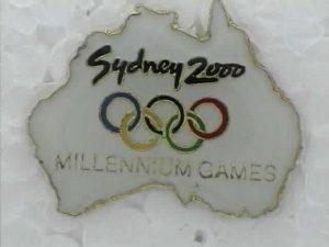 Sidney 2000 Lapel Pin